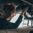 Czym zajmuje się mechanik samochodowy